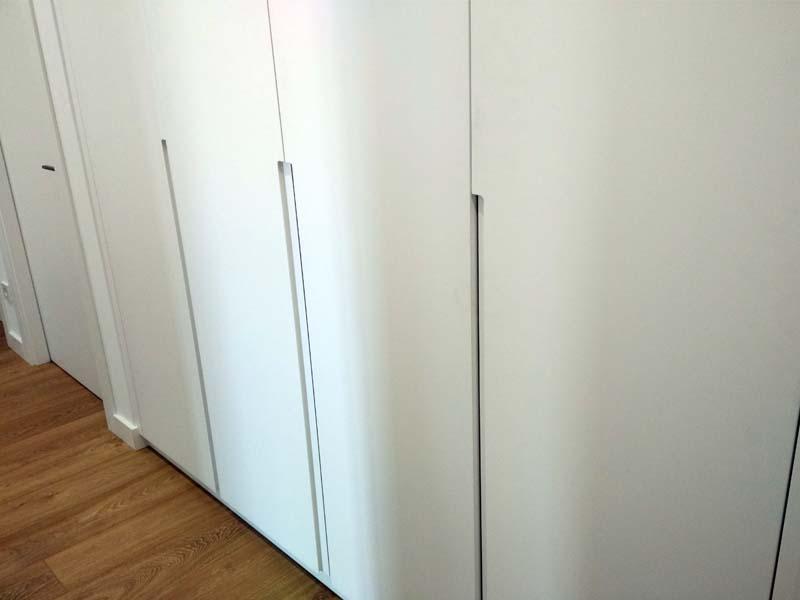 Armario puertas lacadas con u eros tantai ebanista - Armario de plastico para exterior ...